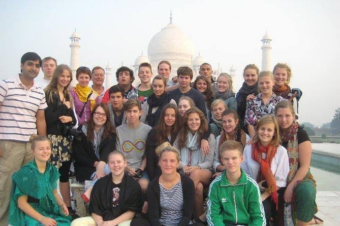 4-Days Private Luxury tour of Delhi-Jaipur-Agra Includes,Hotel,Vehicle & Guide