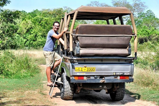 Full Day Safari at Wilpattu With Picnic Breakfast and Lunch