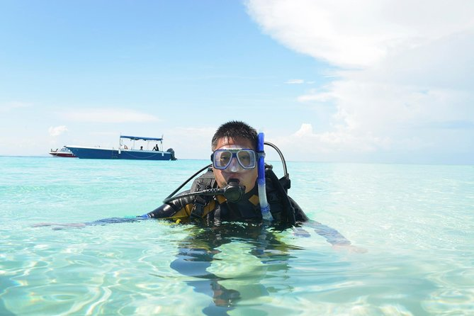 Learn to scuba dive in St Maarten!