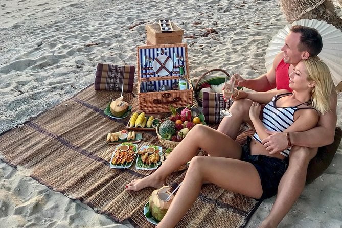 Private Dining: Gourmet Picnic on a Private Beach