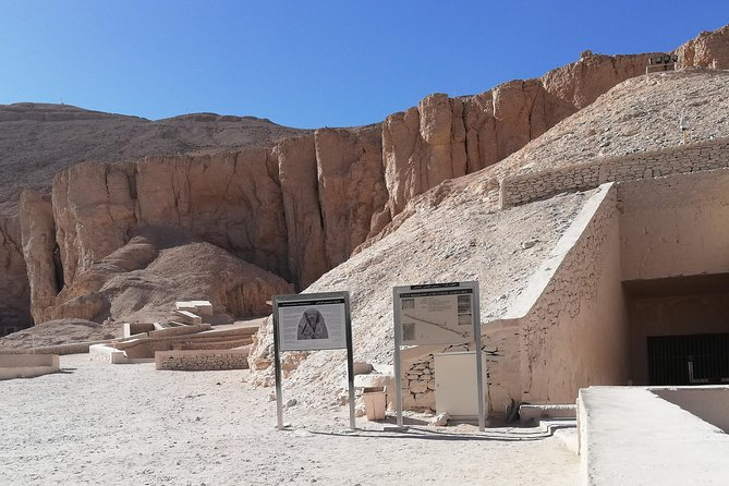 Private full day guided tour to east & west bank of Luxor photo 8