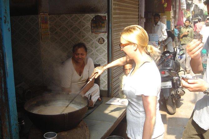 Excursão de visita de meio dia a Old Delhi Bazaar Walk e Masterji Kee Haveli