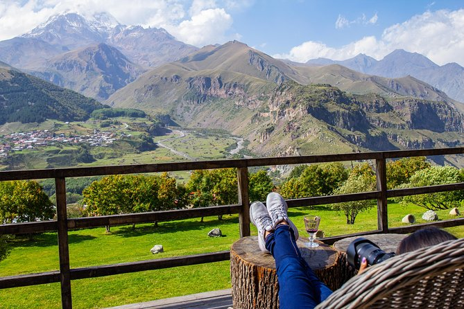 Crazy Group tour to kazbegi