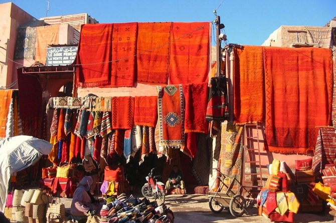Marrakech guided historical tour half-day