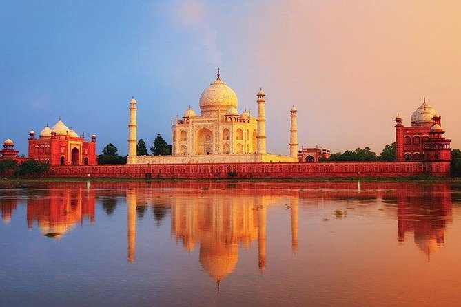 Day-Trip to Agra from Delhi visit The Taj Mahal at Sunrise