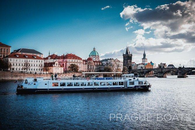 Prague Boats 1-hour Cruise