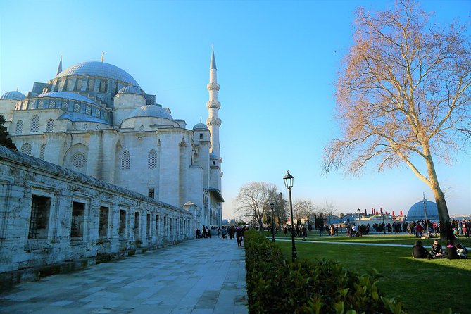Whistle-Stop Istanbul: Beat The Layover Blues