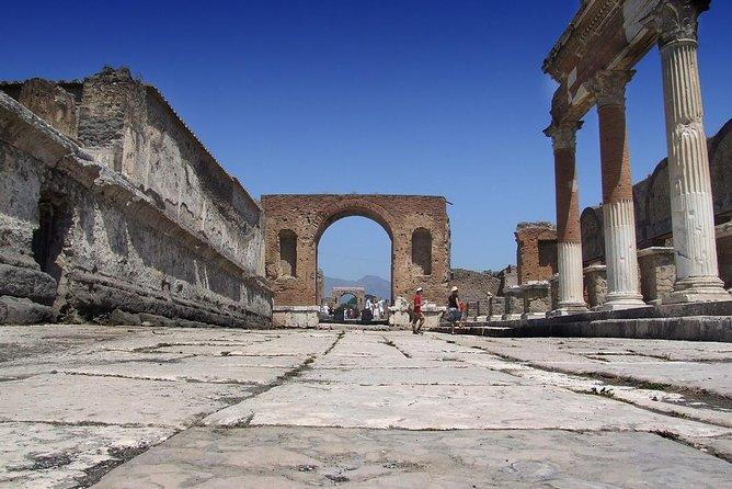 Pompeii, Herculaneum & Vesuvius drive from Naples