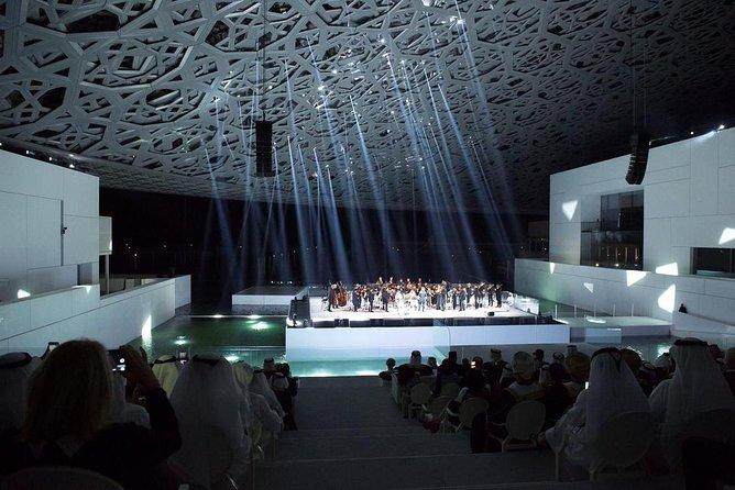 Excursão pelo Museu do Louvre em Abu Dhabi e pela Grande Mesquita