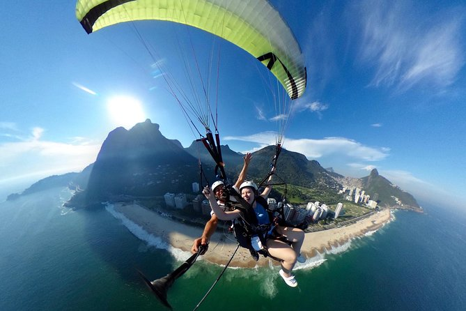 Hang Gliding and Paragliding Experience in Rio