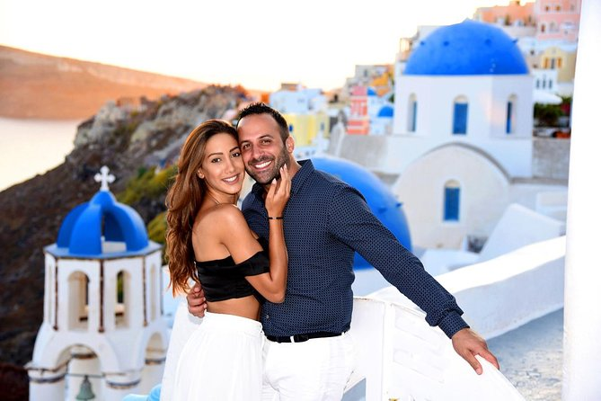 Santorini 1 Photo Tour Session with Your Personal Photographer