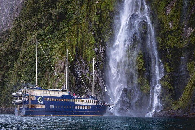 Queenstown Super Saver: Milford Sound Nature Cruise plus Walter Peak High Country Farm Tour photo 12