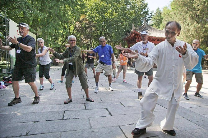 Beijing Temple of Heaven Private Walking Tour with Tai Chi Class and Kungfu Show