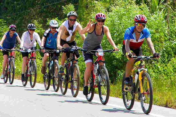 Guided Cycling Tour in Ella