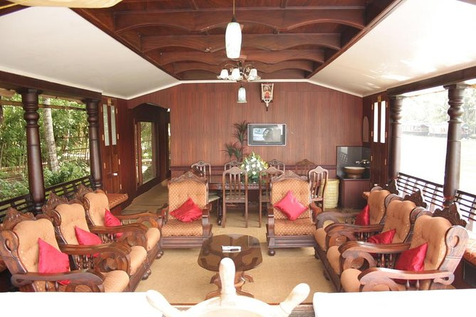Backwaters Kerala Magica Houseboats with Day Cruise and Night Stay