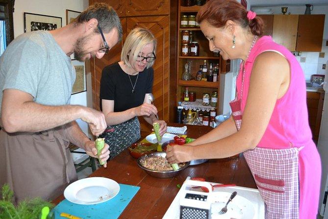 Aula de culinária cretense (baseada na culinária local)