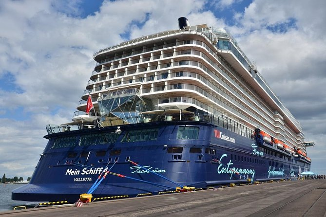 Private Transportation from Cruise Ship Port of Gdynia to Stutthof Camp 5-Hour