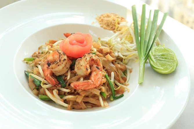 Muay Thai Lesson Led by Boxing Champion with Pad Thai photo 12