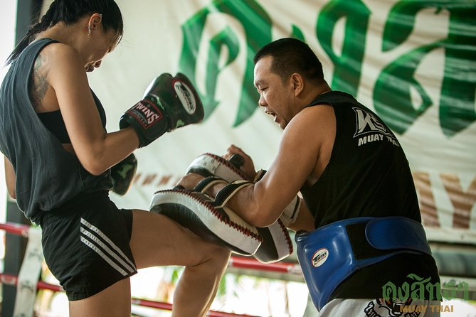 Muay Thai Lesson Led by Boxing Champion with Pad Thai photo 10