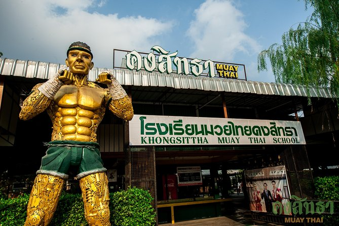 Muay Thai Lesson Led by Boxing Champion with Pad Thai photo 2
