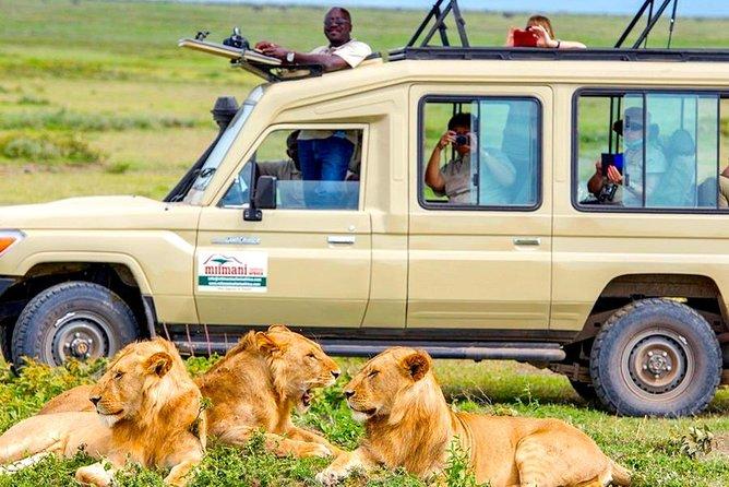 3 Days Safari Tarangire, Manyara and Ngorongoro Crater