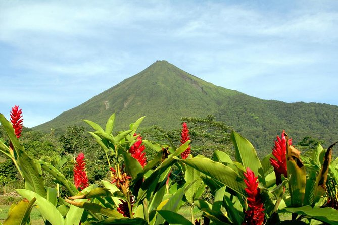 Essential Costa Rica - Package with Manuel Antonio National Park