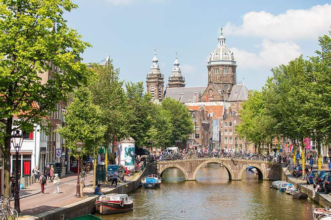 Amsterdam Combo: Body Worlds & 1-Hour Canal Cruise