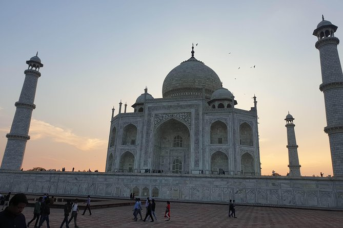 Full Day City tour of Agra with Hotel Pick-up and drop-off photo 1