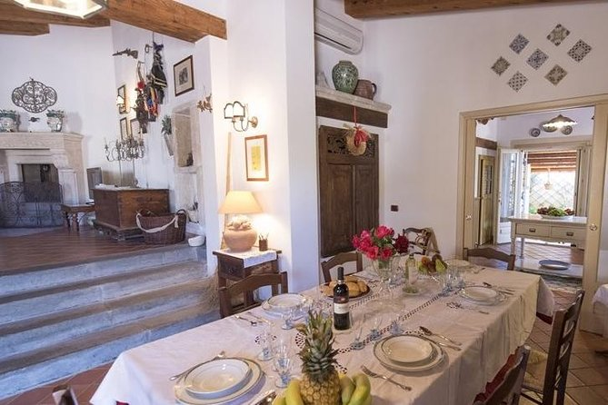 Private market tour, lunch or dinner and cooking demo in Savona