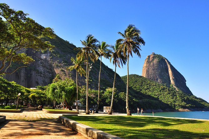 Running across Flamengo Park to the Sugar Loaf photo 8