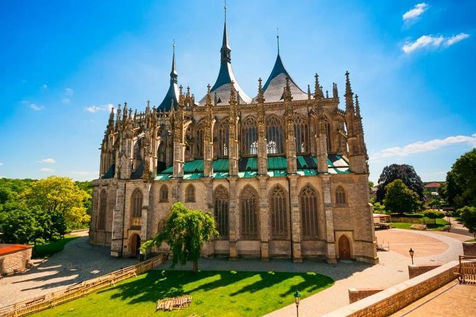 Private Round-Trip in Luxury Minivan: Kutna Hora - UNESCO Heritage photo 7