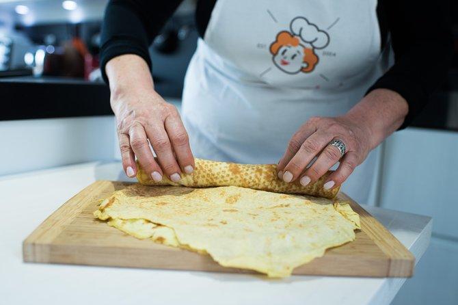 Private Pasta & Tiramisu Masterclass at a Cesarina's home with tasting in Rimini