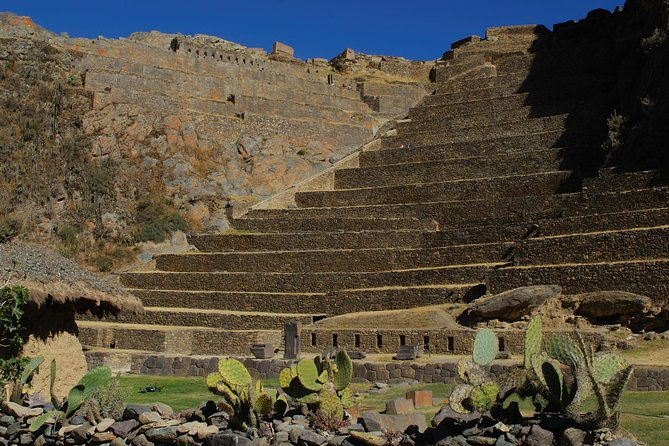 Sacred Valley of the Incas, Pisac, Awanacancha & Ollantaytambo Tour photo 1