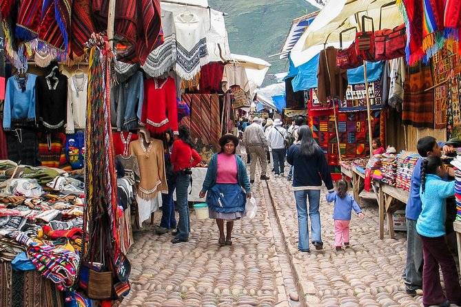 Sacred Valley of the Incas, Pisac, Awanacancha & Ollantaytambo Tour photo 3