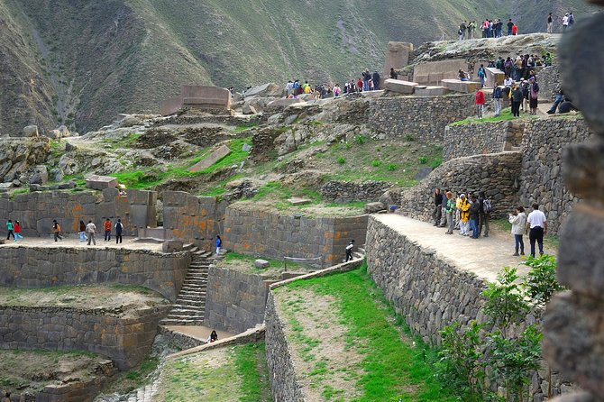 Sacred Valley of the Incas, Pisac, Awanacancha & Ollantaytambo Tour photo 6