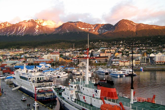 Ushuaia City Half-Day Tour with optional Museums photo 2