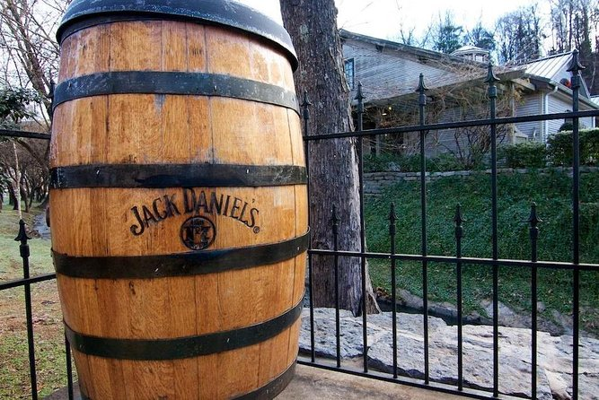 Nashville to Jack Daniel's Distillery Bus Tour with Tastings photo 6