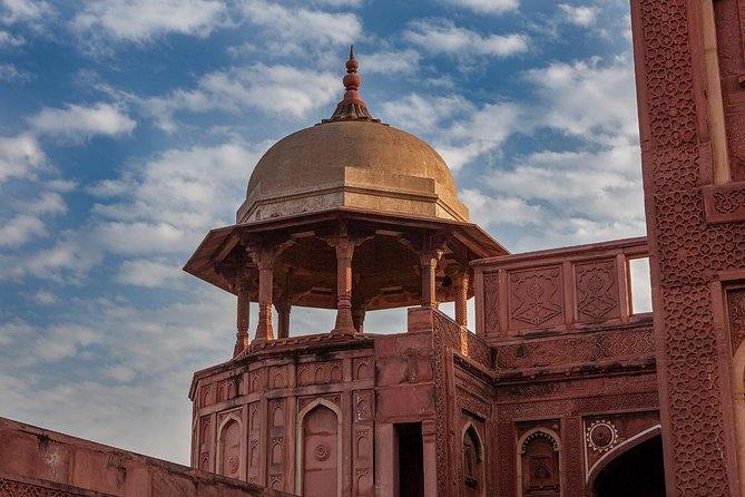 2 Day Golden Triangle Private Tour to Taj Mahal, Agra & Jaipur from Delhi by Car