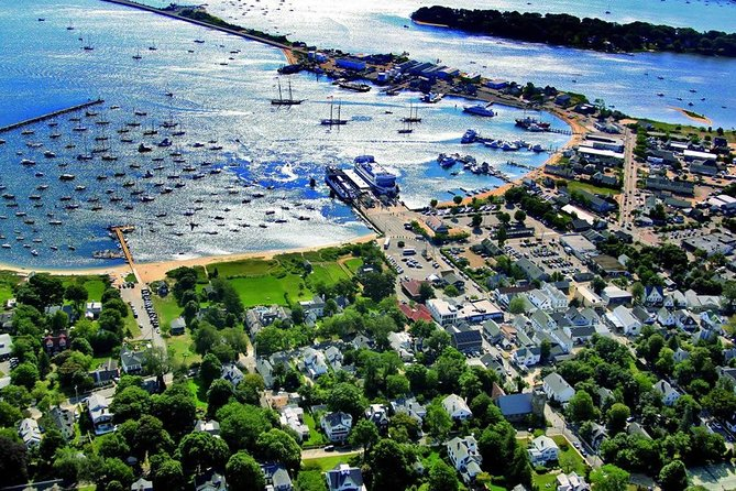 3-Hour Martha's Vineyard Island Tour from Vineyard Haven