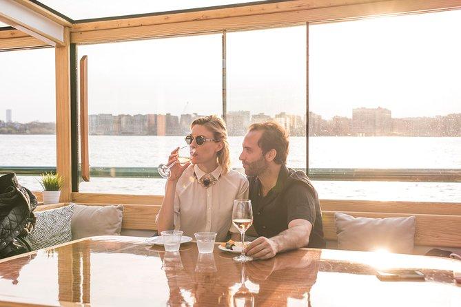 Wijn- en kaasklassen op Yacht Manhattan
