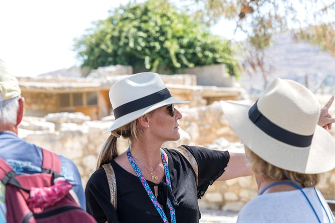 Knossos palace, Heraklion walking-tasting tour & Arch. museum of Heraklion photo 3