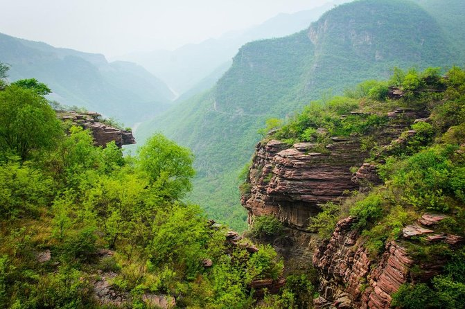 Private Independent Tour to Yuntai Mountain from Luoyang photo 3