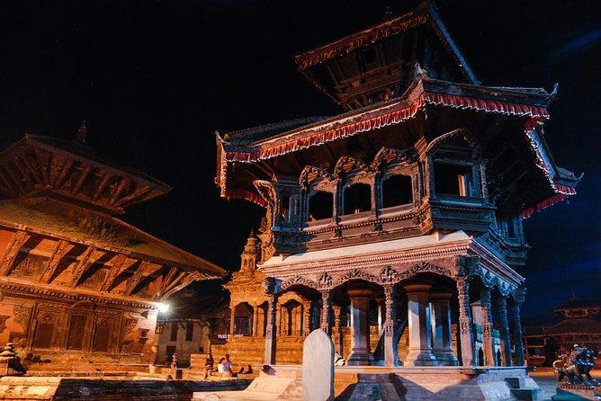 Wonder around Pashupatinath Temple, Boudanath Stupa and Bhaktapur Durbar Square