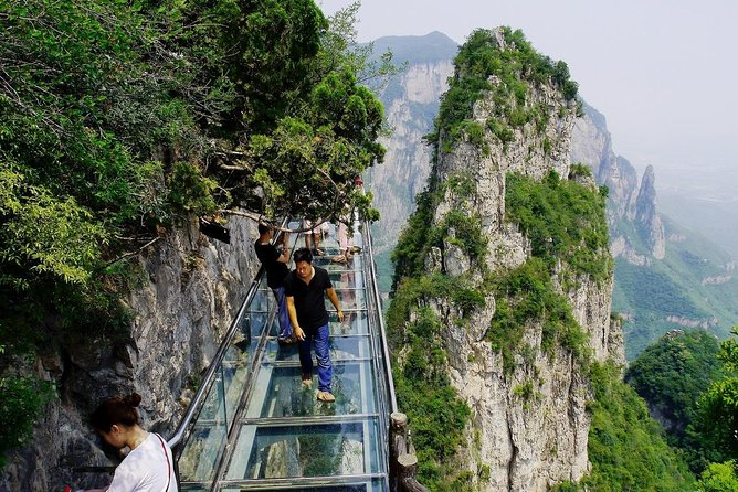 Private Independent Tour to Yuntai Mountain from Luoyang photo 4