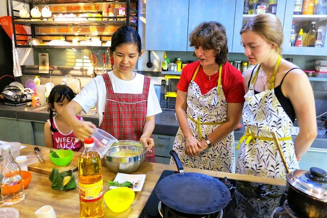 Market Visit & Private Hands-on Cooking Class at Daun Senja