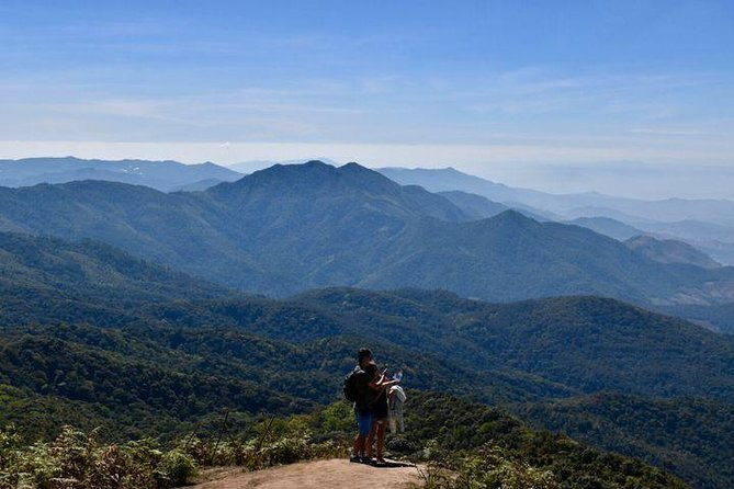 1 Day Doi Inthanon Private tour ( Hiking and Sightseeing )