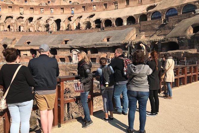 Excursão de Meio Dia com Entrada Evite as Filas pelo Coliseu e Entrada para a Arena