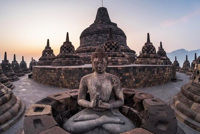 Private Borobudur Temple & Jungle River Rafting Day Tour