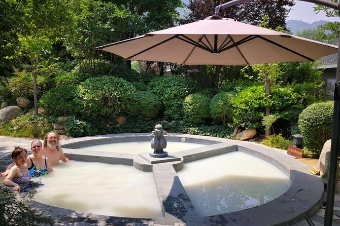 Xi'an Jingdi Tomb Discovery Private Tour with Outdoor Hot Springs Spa