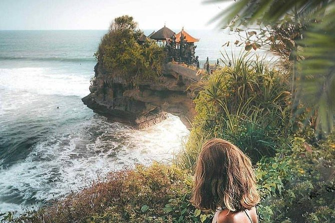 Tanah Lot Temple Tour With Uluwatu Temple & Shopping